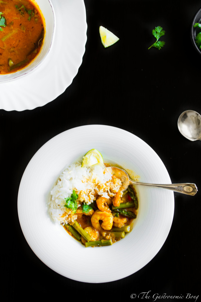 prawns and asparagus in creamy coconut curry7