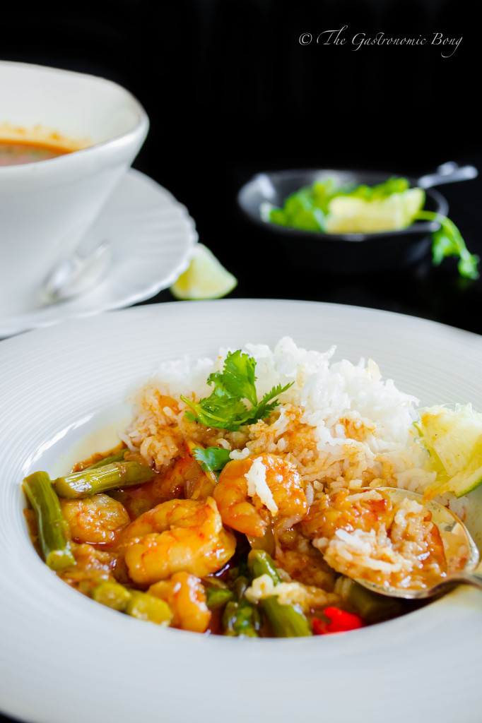 prawns and asparagus in creamy coconut curry8