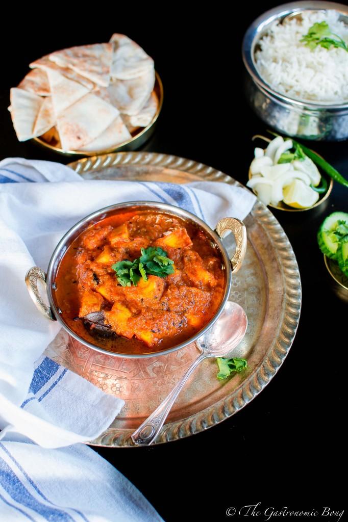 kashmiri paneer in tomato curry1