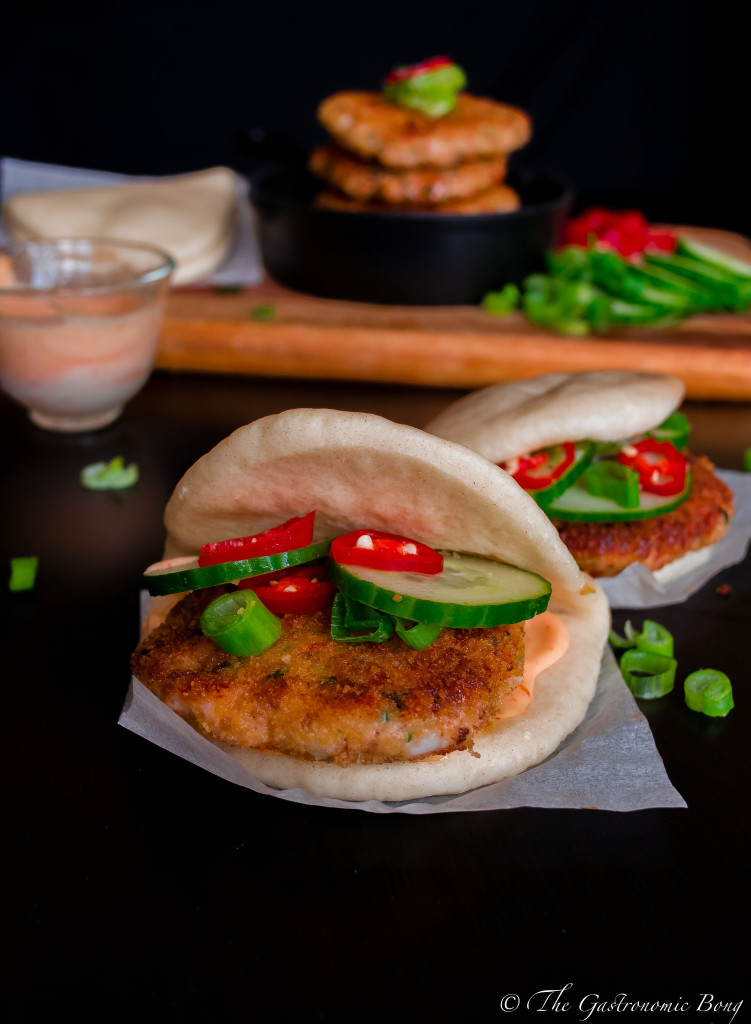 crispy prawns cake in steamed folded buns