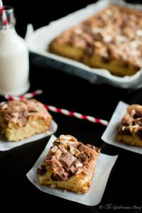 Cadbury's Fruit and Nut Chocolate Chunk Cake Bars
