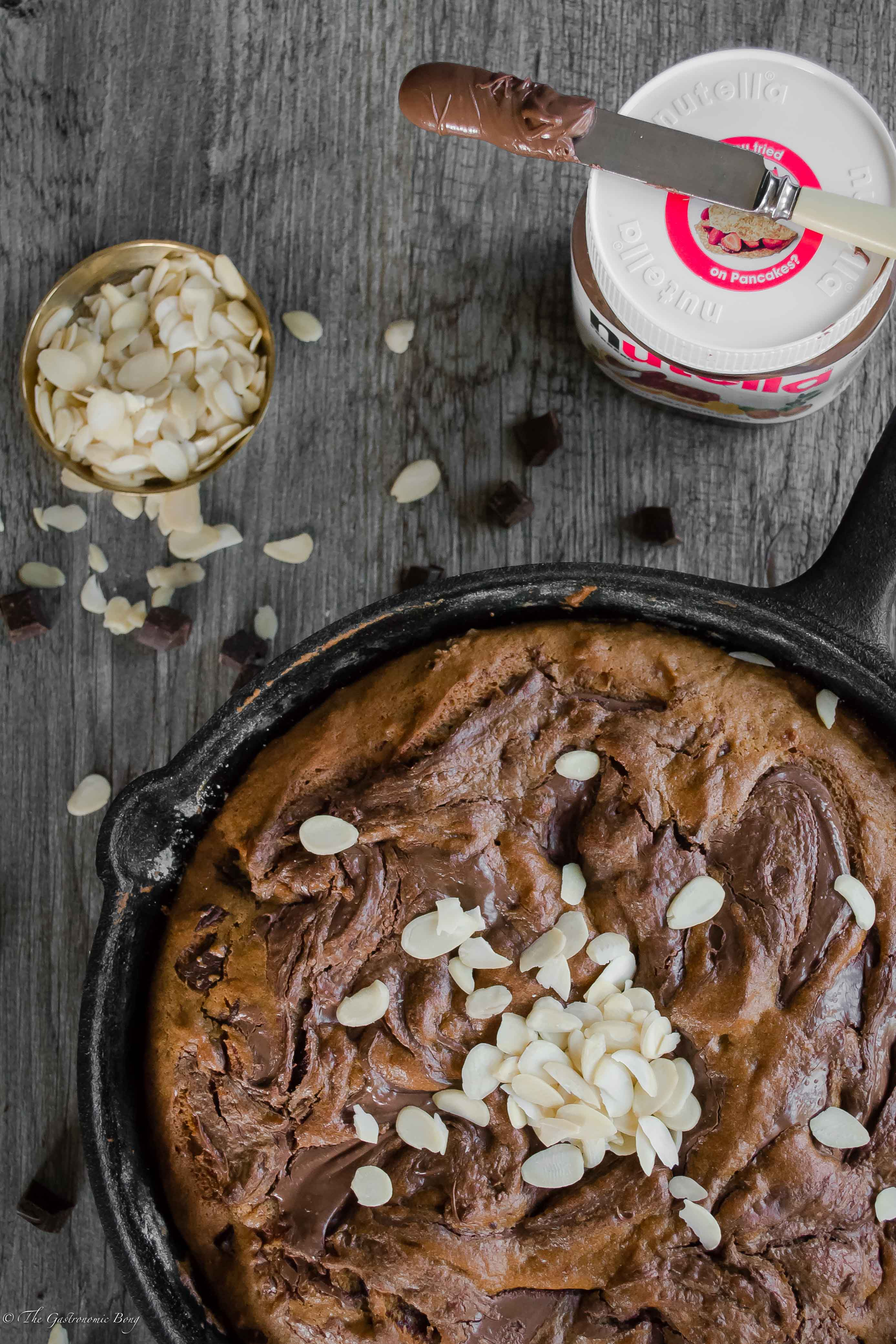 Nutella Swirled {Chocolate Chunk} Peanut Butter Banana Skillet Cake